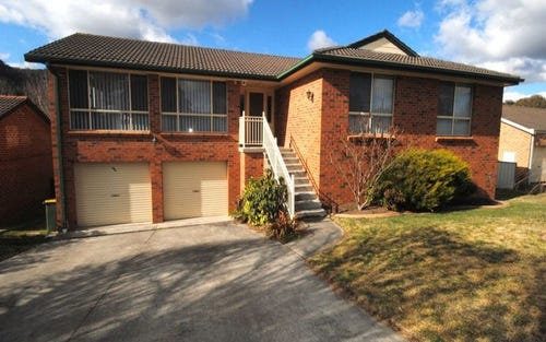13 Chivers Close, Lithgow NSW 2790