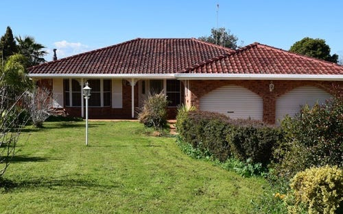 23 Bowditch Crescent, Parkes NSW 2870