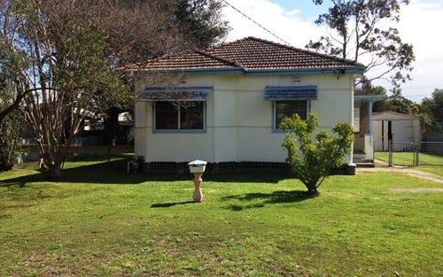 9 Lang Crescent, Tarro NSW