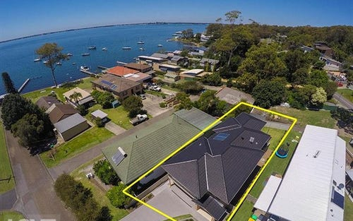 4 Rofe Street, Coal Point NSW 2283