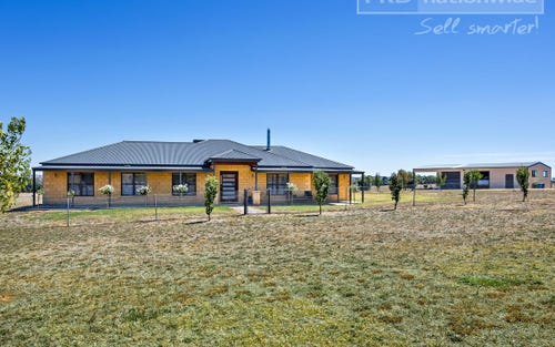 111 Butterbush Rd, Lake Albert NSW 2650