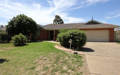 35 Lansdowne Avenue, Lake Albert NSW