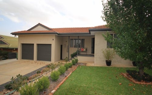 4 Spokes Street, Kooringal NSW 2650