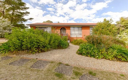 8 McLarty Court, Kambah ACT