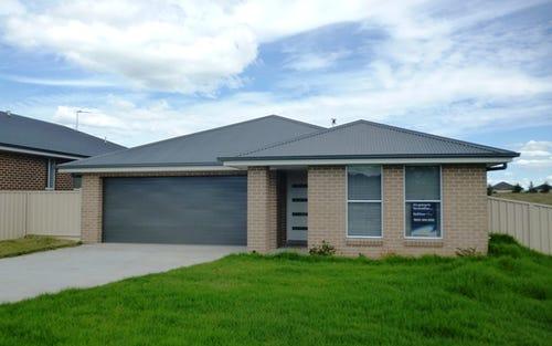 3 Abelia Close, Orange NSW