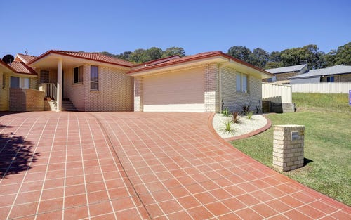 2/1 Caryota Place, Forster NSW 2428