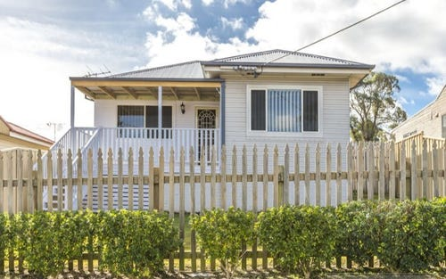122a Croudace Road, Elermore Vale NSW 2287