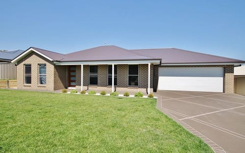 13 Gibsone Drive, Kelso NSW 2795