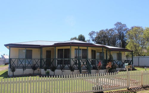 144 Burley Griffin Way, Temora NSW 2666