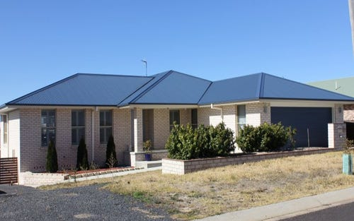 10 Fittler Road, Armidale NSW 2350