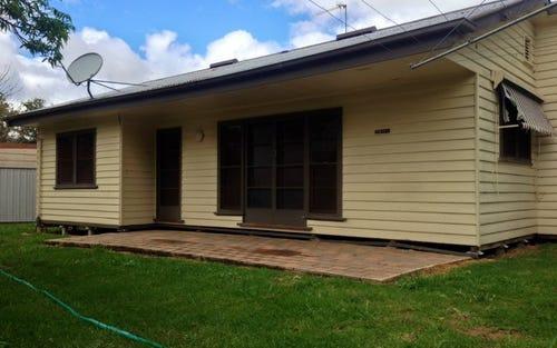 2 Watson Court, Deniliquin NSW 2710