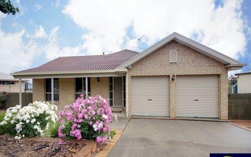 33 Shantalla Crescent, Yass NSW 2582