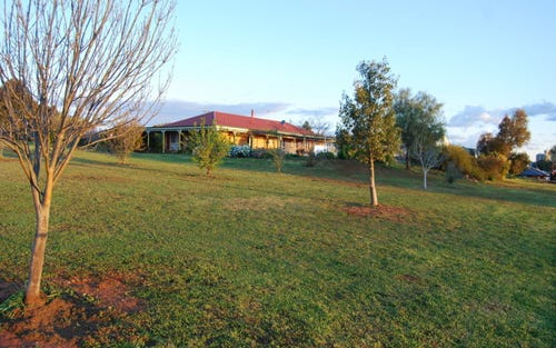 4 Rosella Street, Temora NSW 2666