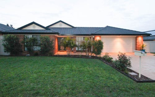 92 Casey Drive, Singleton NSW 2330