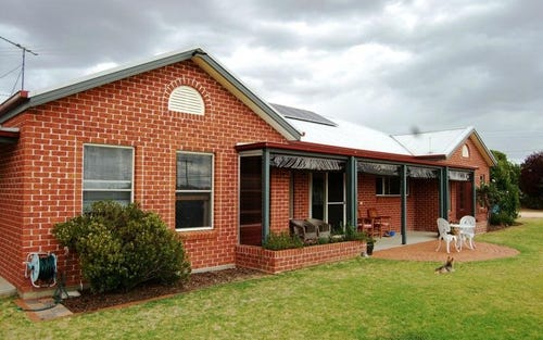 56 Hampton Court, Woodstock NSW 2360