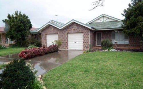 24 Dickson Road, Griffith NSW 2680