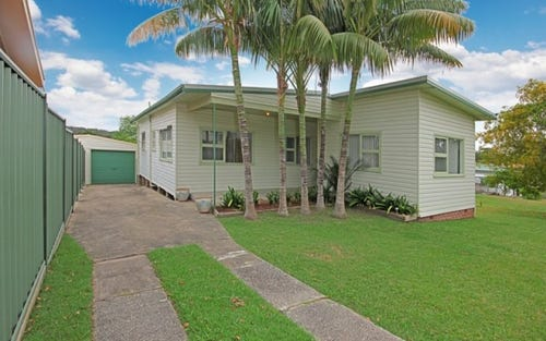25 Spinks Ave, Lake Conjola NSW 2539