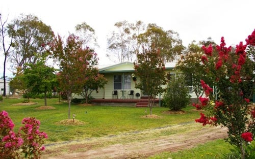 7 Depot Road,, Uralla NSW 2358