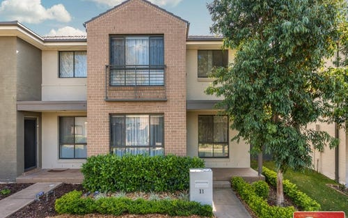 11 Hadlow Avenue, Glenfield NSW 2167