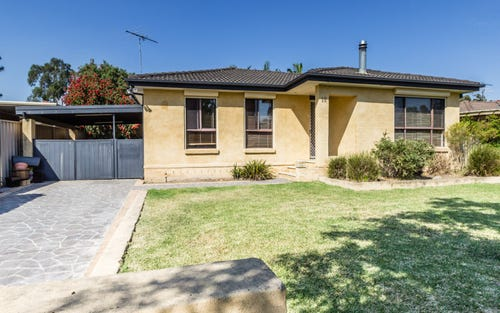 18 Andrew Thompson Drive, Mcgraths Hill NSW 2756