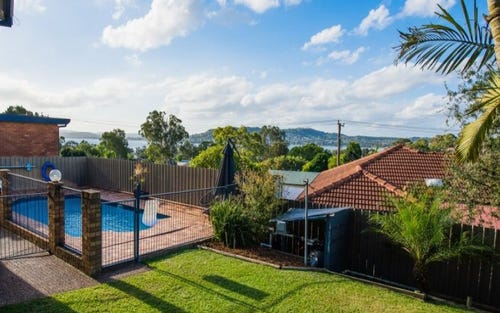 664 Macquarie Drive, Eleebana NSW 2282