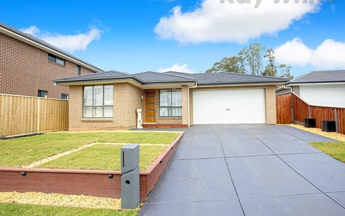 7 Ruse Place, Carnes Hill NSW 2171