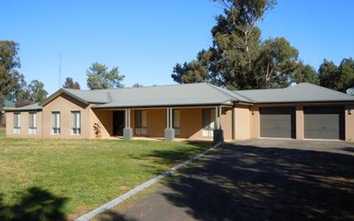 28 Karrawatha Drive, Narrandera NSW 2700