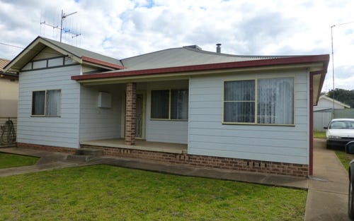 28 May Street, Parkes NSW 2870