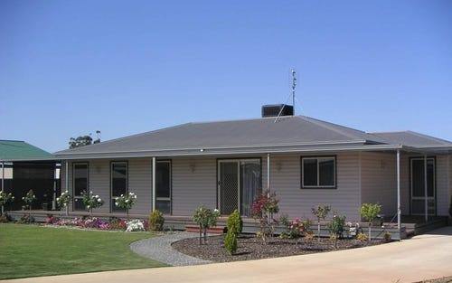 1 Cobb Haven Cobb Highway, Moama NSW 2731