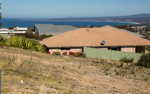 49 The Crest, Merimbula NSW 2548