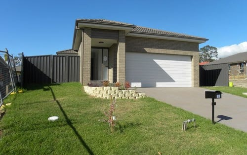 10 Frank Street, Wadalba NSW