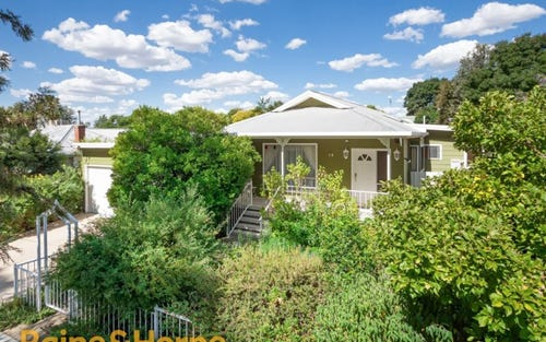 19 Hely Avenue, Turvey Park NSW 2650