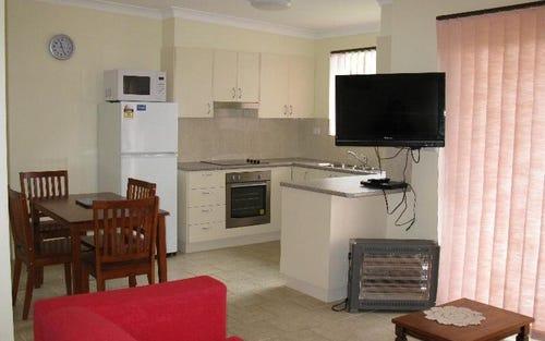 8/16 McMillan Rd, Narooma NSW 2546
