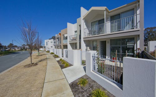 33 Tom Nicholas Crescent, Canberra ACT 2600