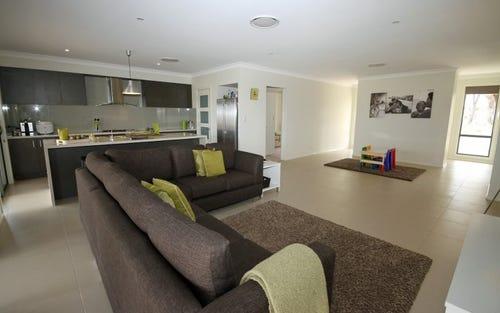 55 Tangmangaroo Rd, Yass NSW 2582