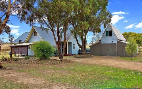 854 Boorolong Rd, Armidale NSW 2350