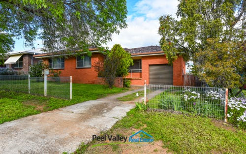 8 Ernest Street, Tamworth NSW 2340