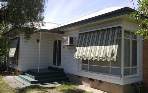 245 Kooba Street, Albury NSW