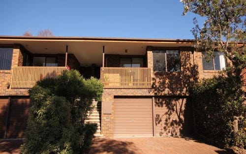 27 Rowe Place, Phillip ACT