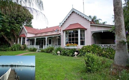 77 Templetons Lane, Oxley Island NSW 2430