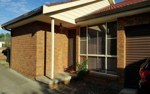 1/82 Crown Street, Tamworth NSW