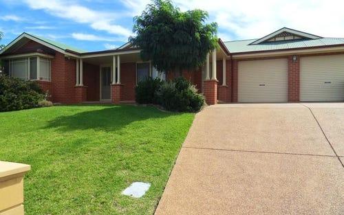 3 Nathan Place, Kooringal NSW