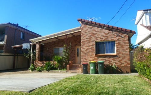 2 Illawong Crescent, Greenacre NSW