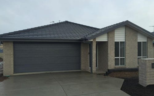 L213 Molloy Drive, Orange NSW 2800