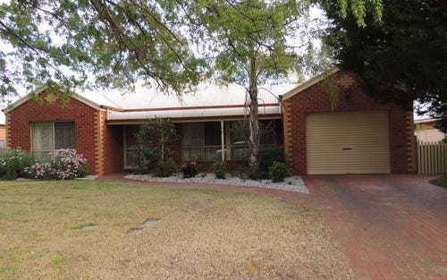 28 Currawong Court, Murray Downs NSW 3585
