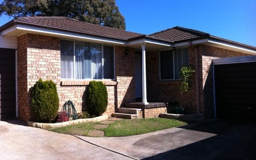 11/4 Sitella Place, Ingleburn NSW