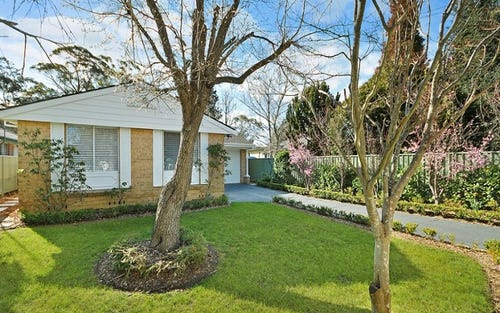 187 Blaxland Rd, Wentworth Falls NSW 2782