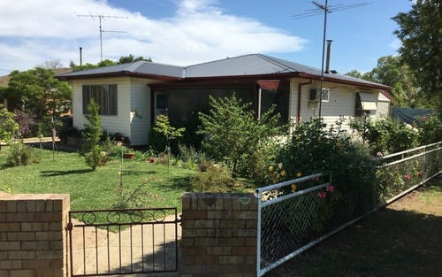 9 Third St, Henty NSW 2658