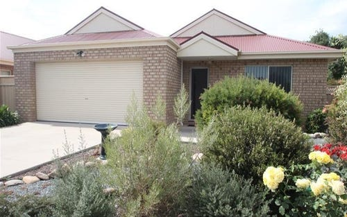 6 Bruton Street, Tocumwal NSW 2714
