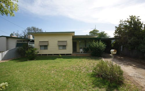 236 Burchfield Av, Deniliquin NSW 2710